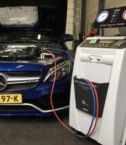 Airco vullen met R1234YF koudemiddel